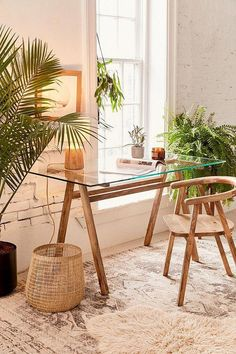 Home Office Bohemian workspace with glass top desk Buying Cycling Jerseys, Shoes And Other Bike Clot Mesa Home Office, Home Office Design, Home Office Decor, Office Ideas, Office Setup, Office Designs, Office Inspo, Urban Home Decor, Library Design