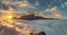Table Mountain in Cape Town, Western Cape, South Africa Cloud Photos, Table Mountain, Above The Clouds, Beach Camping, South Beach, Cape Town, Best Hotels, Cool Places To Visit, South Africa