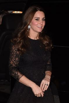 Kate looked beautiful in a black lace dress by Beulah London when going to dinner at Gramercy Park.