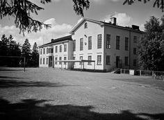 Puistolan sivukirjasto, Koudantie 58   Grünberg Constantin 6.8.1966   Helsingin kaupunginmuseo   negatiivi ja vedos, Telefoto, mv
