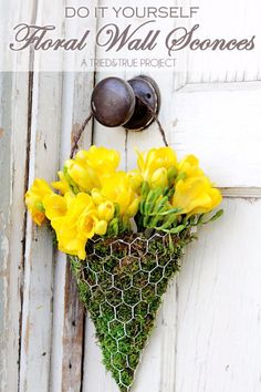 Best DIY Ideas With Chicken Wire - DIY Chicken Wire Floral Wall Sconce - Rustic Farmhouse Decor Tutorials With Chickenwire and Easy Vintage Shabby Chic Home Decor for Kitchen, Living Room and Bathroom - Creative Country Crafts, Furniture, Patio Decor and Rustic Wall Art and Accessories to Make and Sell http://diyjoy.com/diy-projects-chicken-wire