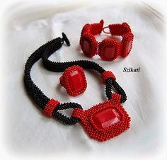 Szikati oldala - Red jewelry set - beautiful beadwork