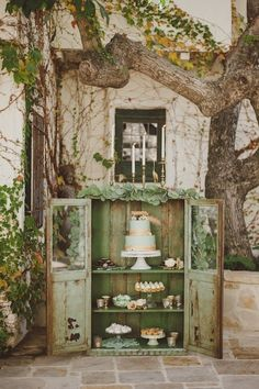 St. Patrick's Day Wedding Inspiration