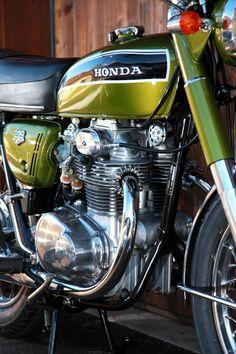 Restauration Honda CB350 K4 1973 - EGERIE MOTO Honda Cb, Motos Honda, Cb350, 50cc, Vintage Honda Motorcycles, Honda Bikes, Cars And Motorcycles, Camaro Zl1, Chevrolet Camaro