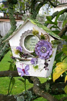 Decorated Birdhouse Idea