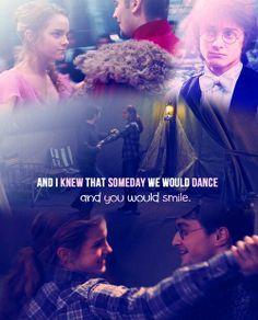 @Lov3Potterhead: Harry Potter dances with Hermione Granger! :) So beautiful! (Daniel Radcliffe, Emma Watson) #HarryPotter #HP htt