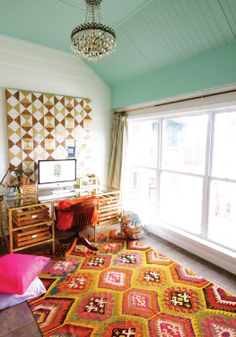 Funky Chic Office Space, rug and ceiling color