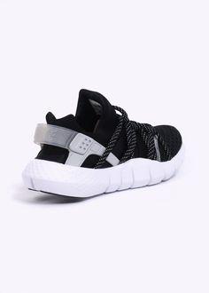 Nike Footwear Huarache NM - Black / White
