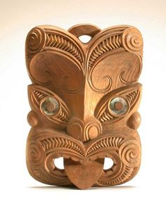 Maori ancestor mask, New Zealand, wood, shell, 50 cm