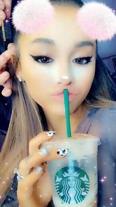 Via insta story: Ariana Grande Selfie, Ariana Grande Cute, Ariana Grande Photoshoot, Ariana Grande Outfits, Ariana Grande Pictures, Yours Truly, Cat Valentine, Justin Bieber, Starbucks