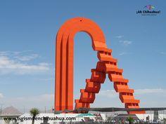 """Enrique Carbajal González mejor conocido como Sebastián, nació en Camargo Chihuahua. Estudió en la Escuela Nacional de Artes Plásticas de la UNAM, especialista en escultura monumental. Dentro de su gran variedad de majestuosas esculturas destacan """"Cabeza de Caballo"""", más conocida como """"El Caballito"""" ubicada en el cruce de Paseo de la Reforma y Bucarelli en la Ciudad de México; Sin duda, conocida por todos los Chihuahuenses la colosal """"Puerta de Chihuahua"""" es un emblema de bienvenida a la…"""