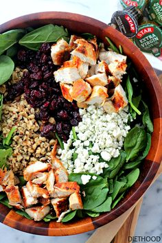 Cherry Walnut Chicken Salad ~ Delicious chicken salad featuring a combination of dried cherries, walnuts and baby spinach tossed with a simple oil-and-vinegar dressing. Chicken Salad With Walnuts Recipe, Chicken Salad Recipes, Salad Chicken, Healthy Salads, Healthy Eating, Healthy Recipes, Meal Salads, Healthy Foods, Spinach Stuffed Chicken