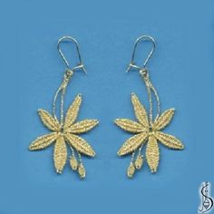 Earring No. Price: € 15 Other color variations are in the catalog. Protected by copyright! Tatting Earrings, Lace Earrings, Lace Jewelry, Jewelery, Crochet Earrings, Hairpin Lace Crochet, Bead Crochet, Crochet Motif, Crochet Shawl