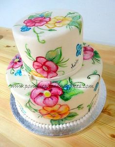 This is a hand painted cake style vintage.