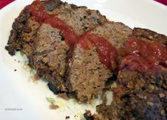 Best meat loaf recipes with oats gluten free Ideas Meatloaf Recipe Oats, Quaker Oats Meatloaf, Meatloaf With Oatmeal, Meatloaf Recipes, Meat Recipes, Cooking Recipes, Free Recipes, Bbq Meatloaf, Oatmeal Bread