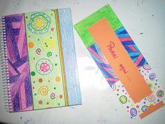 Caderno e marcador de livro