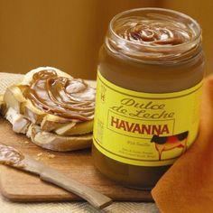 En la tienda online de productos gourmet y delicatessen Érase un gourmet vendemos este delicioso dulcedeleche marca Havanna Argentina, combinación artesanal de leche de vaca, azúcar y vainilla.