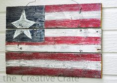 primitive decorating ideas with old wooden pallets | Thrifty Decorating: Red, White and Blue Crafts