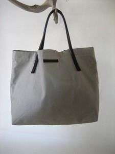 Libby Lane totes are great for travel!