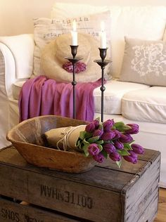 Purple vintage chic