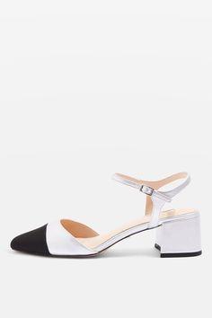 JOLENE Schuhe mit Zehenkappe und Blockabsatz