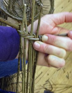 Oxfordshire Basketmakers - Learning the Bouyricou with Denis Cappe and Aurelie Carrillo (www.oxfordshirebasketmakers.com)