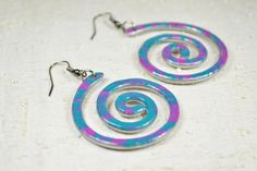 Aluminium coloured Earrings aluminium wire spiral aluminium jewelry aluminium dangle earrings aluminium enamelled violet teal alluminio by Violanima on Etsy https://www.etsy.com/listing/232464127/aluminium-coloured-earrings-aluminium