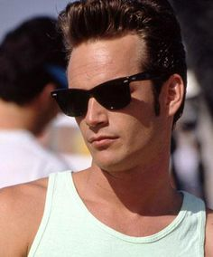 """The Rich Loner: Dylan McKay - """"Beverly Hills, 90210"""" 