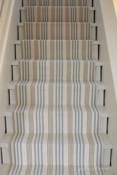 how to update your basement stairs on a budget-love this dash and albert stair r. how to update your basement stairs on a budget-love this dash and albert stair runner Basement Stairs, Basement Bedrooms, Basement Ceilings, Basement Carpet, Basement Apartment, Basement House, Basement Kitchen, Carpet Stairs, Basement Renovations