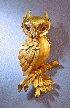Trifari Owl Brooch Vintage Figural Gold Tone by RenaissanceFair