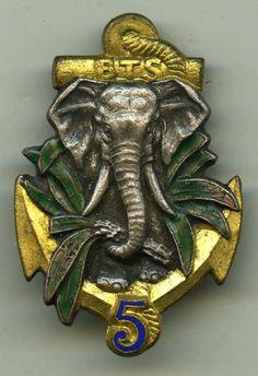 Badge colonial troops, BTS five. / COTE d'IVOIRE