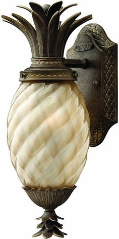 Hinkley Plantation 1-Light Outdoor Wall Lantern Pearl 2126PZ | LampsUSA