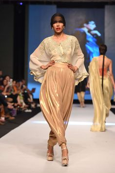 """Day 3 bring """"To Karachi with Love"""" collection by Maheen Khan at Fashion Pakistan week 2014 with most stylish and alluring western ensembles. Ethnic Fashion, Indian Fashion, Designer Punjabi Suits, Pakistan Fashion, Fashion Labels, Fashion Outfits, Fashion Trends, Tulip Pants, Patiala"""
