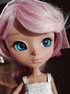 Meet Michelle, custom Pullip doll mocha #pullip #pullipdoll #pullipmocha #custompullip  #magdalenasdolls #mkittelova@gmail.com Fb or instagram #magdalenasdolls