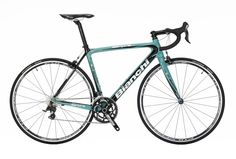 #Bianchi Sempre Pro - high end full carbon road bike available for rent at Veloce®. Further information and request at http://www.rentalbikeitaly.com
