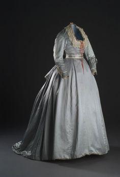 Historical fashion and costume design. 1800s Clothing, Historical Clothing, Historical Costume, Vintage Clothing, Victorian Era Fashion, Vintage Fashion, Vintage Dresses, Vintage Outfits, Vintage Shoes