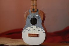 instrument totoro ghibli my neighbor totoro ukulele hand painted soprano ko Arte Do Ukulele, Cool Ukulele, Ukulele Songs, Ukulele Chords, Cool Guitar, Guitar Painting, Guitar Art, Studio Ghibli, Ukulele Tumblr