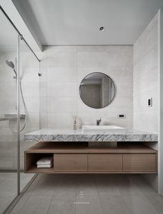small bathroom designs on a budget Next Bathroom, Bathroom Layout, Bathroom Interior, Small Bathroom, Best Bathroom Designs, Contemporary Bathroom Designs, Washroom Design, Bathroom Faucets, Bathrooms
