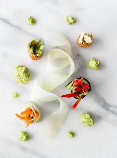 Vegetarische Rollen mit Avocado-Ingwer-Dip | Gegessen wird immer