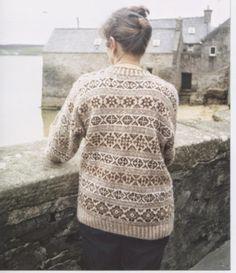 Shetland Handspun: Fair Isle Allovers Vintage Knitting, Lace Knitting, Knitting Socks, Fair Isle Knitting Patterns, Fair Isle Pattern, How To Start Knitting, Lace Sweater, Knitwear, Fair Isles