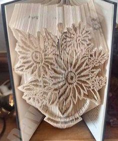 Vase of Flowers - Cut & Fold Book Folding Pattern - Cut & Fold Book Art Book Folding Templates, Book Folding Patterns, Paper Folding, Paper Art, Paper Crafts, Cut Paper, Cut And Fold Books, Book Page Crafts, Book Sculpture