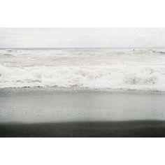 【soraneko48】さんのInstagramをピンしています。 《灰色グラデーション  #film#filmcamera#filmphotography#film_jp#pentax#pentaxkx#helios44#sea#waves#instajapan#team_jp#ishootfilm#igersjp#reco_ig#photooftheday#35mmfilm#35mm#フィルム#フィルム写真#フィルムカメラ#ペンタックス#一眼レフ#オールドレンズ#ヘリオス44で繋がりたい#海#波#ファインダー越しの私の世界#写真好きな人と繋がりたい#フィルムに恋してる#フィルム写真普及委員会》