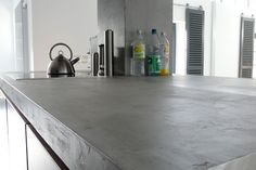 ber ideen zu beton arbeitsplatten auf pinterest arbeitsfl chen k chen und k chenschr nke. Black Bedroom Furniture Sets. Home Design Ideas