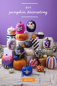 Our absolute best, totally essential pumpkin painting tips - Think. Creative Halloween Costumes, Disney Halloween, Halloween Decorations, Pink Halloween, Halloween Crafts, Happy Halloween, Halloween Party, Painting For Kids, Painting Tips
