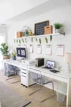 White Ikea home office - small office layout and organization - command center a. White Ikea home office – small office layout and organization – command center and drawer organ Small Office Design, Tiny Office, Office Interior Design, Office Interiors, Small Office Decor, Workspace Design, Home Office Layouts, Home Office Space, Home Office Desks