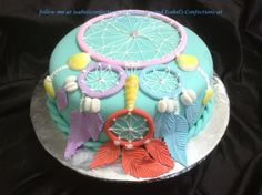 Dream Catcher Cake Pretty Cakes, Cute Cakes, Fondant Cakes, Cupcake Cakes, Native American Cake, Dream Catcher Cake, Western Cakes, Boho Cake, Indian Cake
