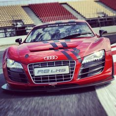 Pure Sex: Audi R8 Racing