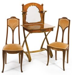 Louis Majorelle DRESSING TABLE AND PAIR OF SIDE CHAIRS - ca 1900