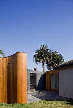 Boundary House / BKK Architects