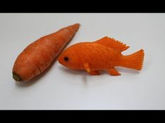 Beautiful Carrot Fish Carving/Design Hi Friends, you will learn how to apply different type of designs into Vegetables and Fruits. You can apply this type of Fruits and Vegetables carving for Table Cherry Cheesecake Shooters, Fruits Decoration, Amazing Food Art, Fruit Creations, Food Art For Kids, Food Sculpture, Fruit And Vegetable Carving, Types Of Fruit, Food Carving